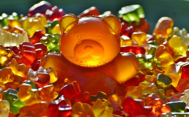 giant-rubber-bear-gummibar-gummibarchen-fruit-gums